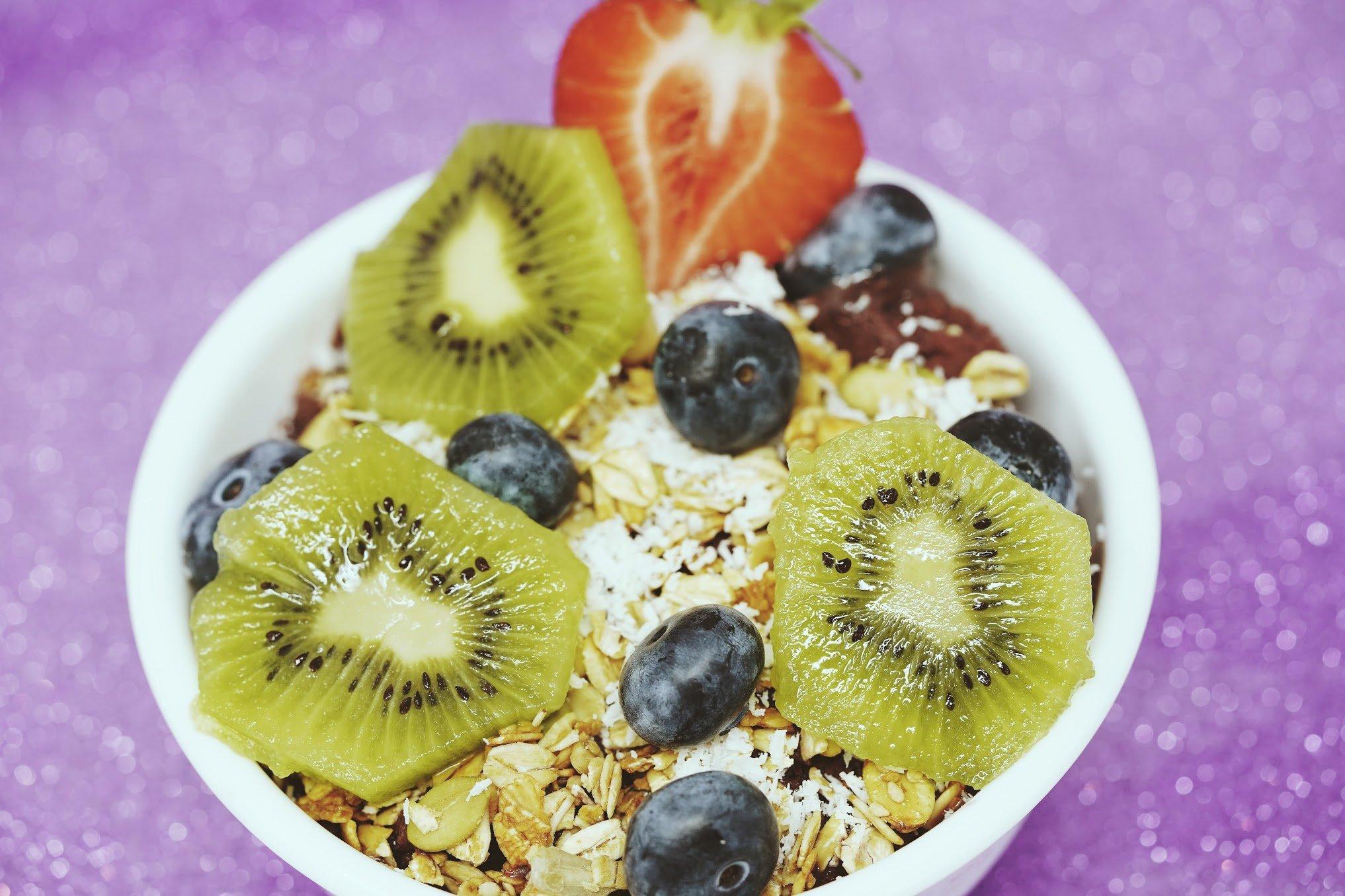 Best-Breakfast-Miami-Healthy-Breakfast-Acai-Bowl-SoBeVegan-10-6-19